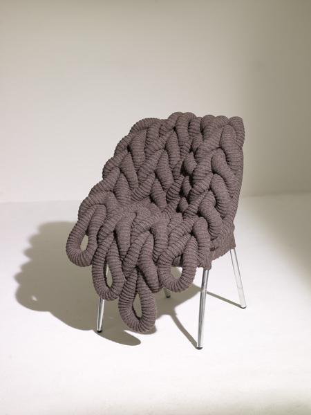 Chaise habillée de tricot